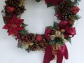 📷 Christmas Cinnamon Pine Cone Wreath - HubPages #artsandcrafts