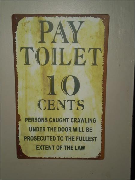 Funny bathroom sign redgage for Funny bathroom photos