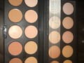 BH Cosmetics  Foundation and Concealer Palette Light $12 Disponible