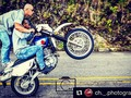 A fuego 🔝💯 #SuitUpMedellin🔥 #Repost @ch._.photography with @repostapp ・・・ 😱😱😱🙏🏻🃏💯⛽️🏁 @stuntbums ⬅️⬅️⬅️ Ladr650 #miami #blue #friends #dt125 #dt175 #dt200 #stunt #bikelife #yamahadt #blue #nikon #gopro #scorpion #medellin #colombia #fotodeldia #goprohero4 #goprooftheday #instagood #instadaily #goodnight #stuntordie #stuntlife #bikelife #bike #maquinaria #fallowme #followforfollow